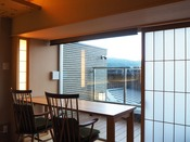 【新客室】洋室温泉風呂付きバリアフリーダイニングテーブル