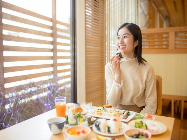 【朝食バイキング】テーブル一例