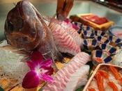 【王様のビュッフェ2018春】鮪、鯛など紀州のお造り※イメージ