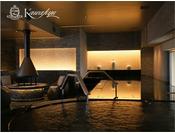 邸宅リビングスパ/装飾に囲まれたリビング風スパ。機能温泉浴やサウナなどをお楽しみいただけます。