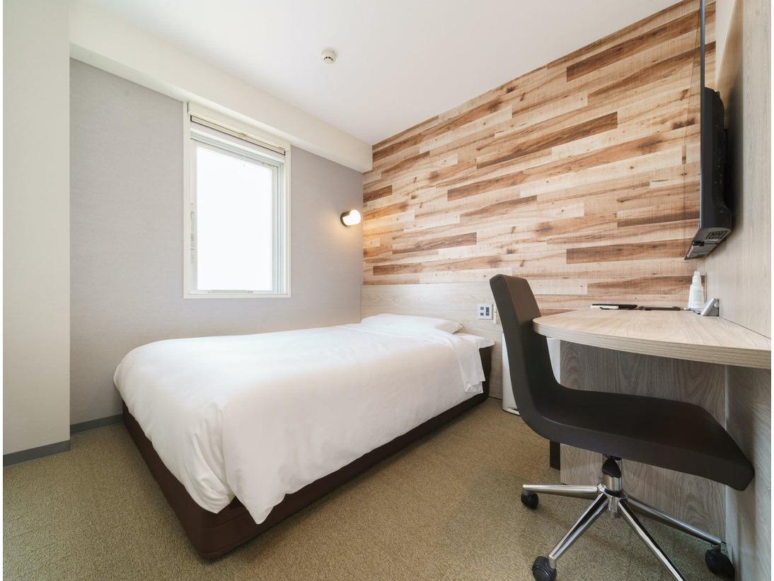 眠りを追求した150cm幅のワイドベッドと適度な硬さのマットでぐっすり