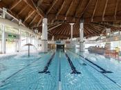 【テルメテルメの概要】室内プールは水深115センチ・水温は30度前後で設定しております。
