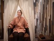 1人用のテント式のスチームサウナで体中にハーブの蒸気を取り入れます。発汗作用やリラックス効果などが期待できるおすすめのSPA。ハーブはお客様のお好みに合わせてスタッフが調合いたします。