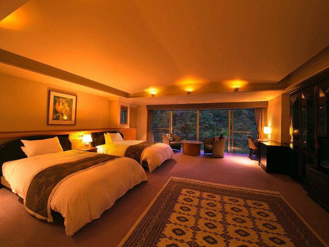 【貴賓室-洋室ツイン-】当館で唯一のベットルーム。モダンな空間で思い思いの休日をお過ごしくだs。
