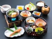 ご朝食はおなかに優しい和食膳です。