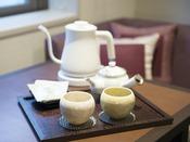 【客室設備】急須 / 和の風情を楽しめる茶器セット*