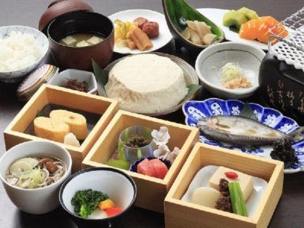 和食と洋食の二種類よりお選び頂けます。