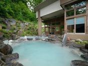 ■八右衛門の湯【露天風呂】開放感の溢れる露天風呂。2種類の温度の違う露天風呂をお楽しみ下さい。