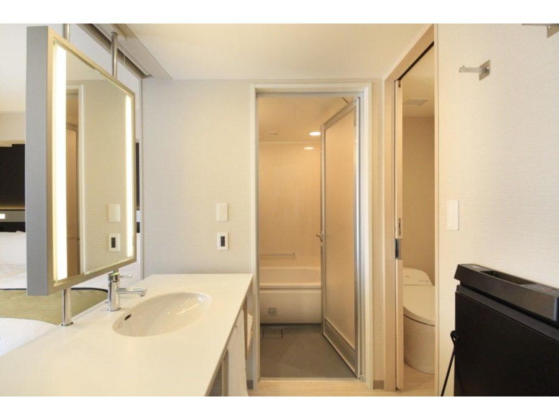 ビュールーム、プレミアビュールーム、コーナールームはバス・トイレを別でご用意しております。