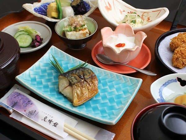 お食事メニュー「万葉(まんよう)」8品