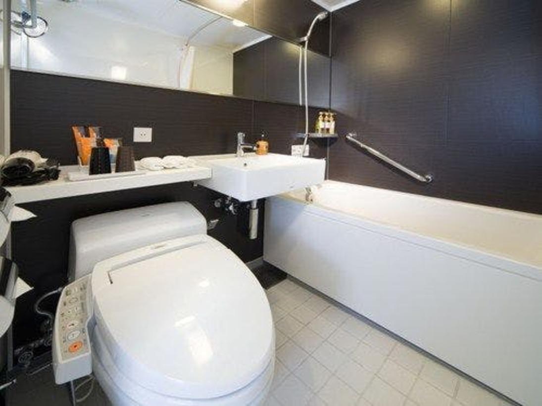 【ツイン・ダブル16平米】バスルーム