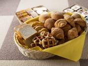 朝食ブッフェ ~パンコーナー~ 朝はパン派という方にも。小さめサイズでいくつでも。