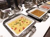 朝食ブッフェ ~週替りのメニュー~ 一部メニューは毎日少しずつ変わりますので、連泊でもお楽しみ頂けます。