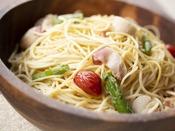 朝食ブッフェ ~週替りのメニュー~ スパゲッティ(写真は北寄入り)や焼きそばなどの週替りのメニューも