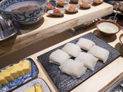 朝食ブッフェ ~和食イメージ~ 函館産「イカ刺し」は大人気!
