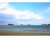 安心の水質と遠浅の地形でお子様も楽しめる海の蝶のプライベートビーチ。