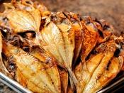 *【朝食バイキング(一例)】海の街:木更津ならではの魚の干物♪海を眺めて美味しさ倍増です!