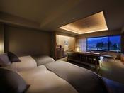 2019年4月にリニューアルされた半露天風呂付和洋室。シモンズ社製のベッドを採用し、雪の館に名にちなみ雪をテーマにゆっくりと寛げる和洋室(※蔵王側指定は別料金)