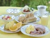 ■朝食バイキング(盛り付け例)