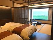 ■準特別室-秋月-■源泉かけ流しの半露天風呂付きの人気のバリアフリータイプの和洋室です。