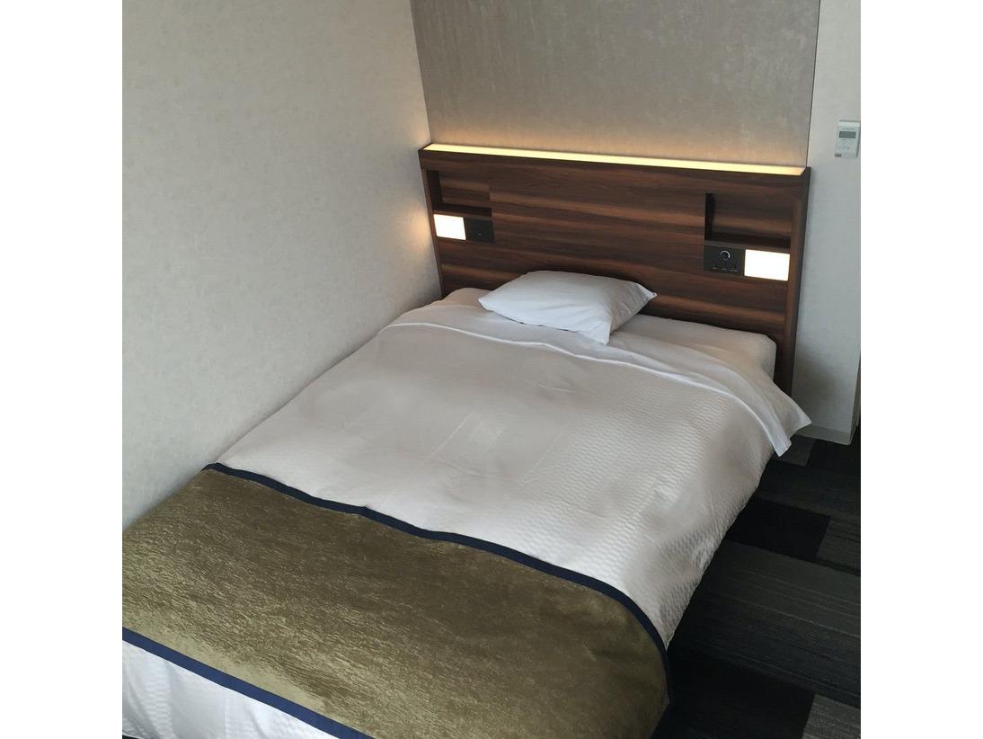 シングル・ダブルワイドベッド