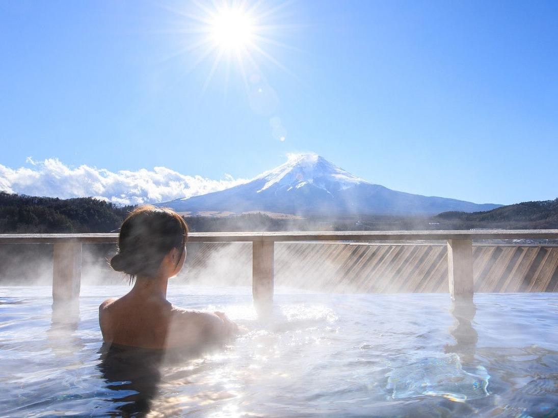 屋上露天風呂「富士山」/富士山を裾野まで見渡す感動の天然温泉露天風呂※男女入れ替え制