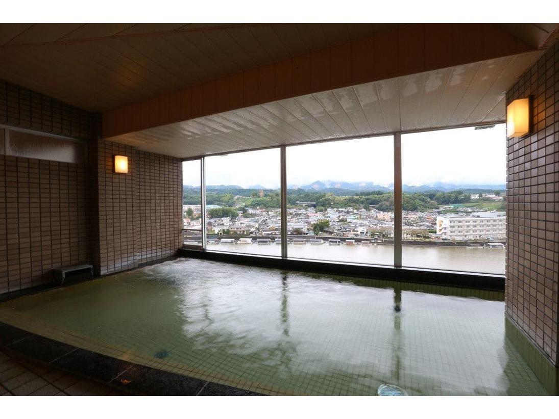 日田温泉 亀山亭ホテルの大浴場です。