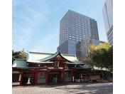 ホテルと日枝神社