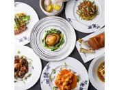 ダイニングフロアTSUNOHAZU内、中国料理「王朝」ではメニューよりお好きなものをお好きなだけお楽しみいただける食べ放題『王朝の味覚』をご用意しております。