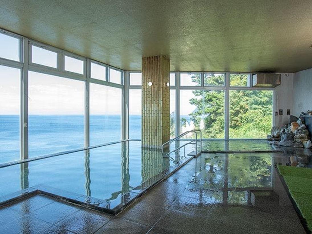 駿河湾を望める温泉