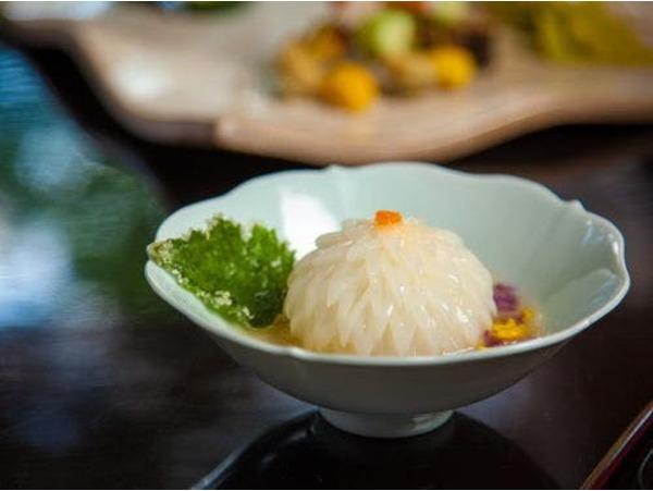 秋の京懐石料理イメージ