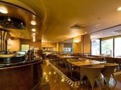 1階の喫茶「グレース」は9:00~18:00(LO17:30)