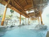 <併設日帰り温泉施設・湯の里> 湯の里は、ジェット風呂・寝湯・泡風呂・サウナ等、湯めぐりを楽しめます。