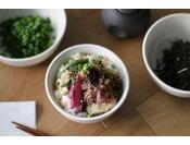 のっけ丼/朝食時間6:30~10:00(最終入店9:30)