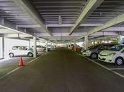 【施設】無料の立体駐車場