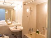 【和室 洗面】 タオルや歯ブラシ等は洗面所にございます!
