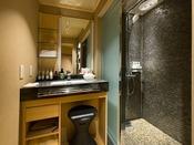 細流亭ツインルーム(洗面台とオーバーヘッドシャワーブース/バスタブはございません)