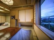 深山亭 ※晴天時には富士山を望めます
