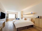 【客室】ユニバーサルデザインルーム/42平米/多くの方が使用しやすいデザインを基本とした造りのお部屋。