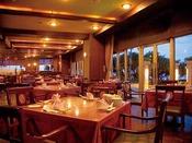 中華&広東料理レストラン「マンダリンコート」多彩なディナーバイキングやコース料理、単品メニューも数多く揃えております。