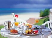 シーサイドレストラン「谷茶ベイ」和洋朝食バイキング