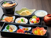 季節の朝食重 ※お料理画像は参考イメージです、お献立や器は季節により替わります。