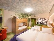 【ファミリーハッピーマジックルーム】二段ベッド常設で、最大6名様までご宿泊OK!ファミリーやグループ旅行にもおススメです。
