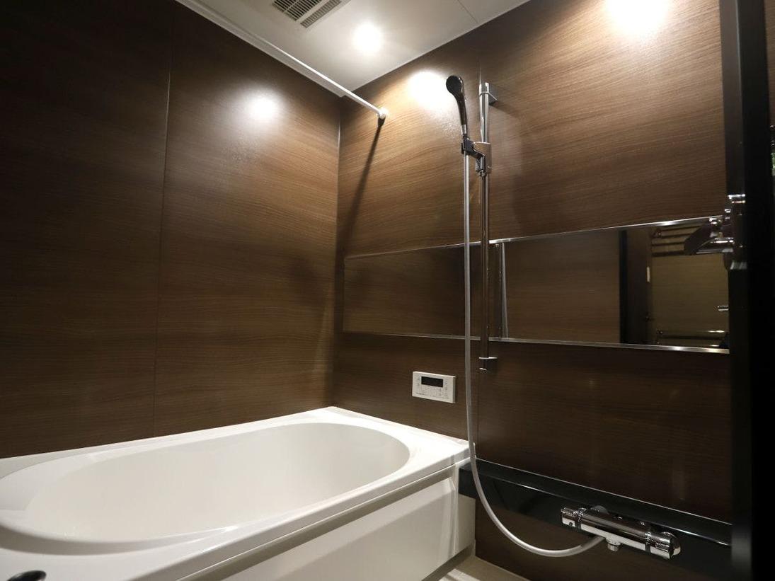 客室内の浴室です。浴室とトイレは別々になっています。