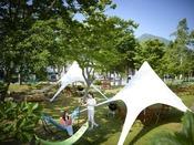 磐梯山を一望できる場所にあり、せんべい焼き体験や焚火を楽しめます。