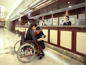 館内はバリアフリー完備で安心。車椅子の貸出サービスもございますので、事前にご予約ください。