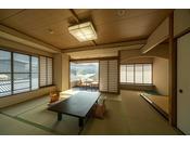 街側和室。世界遺産宮島でくつろぎのお時間を提供いたします♪