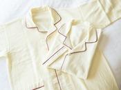 プレミアムエコノミークラスのワンピースタイプのパジャマ