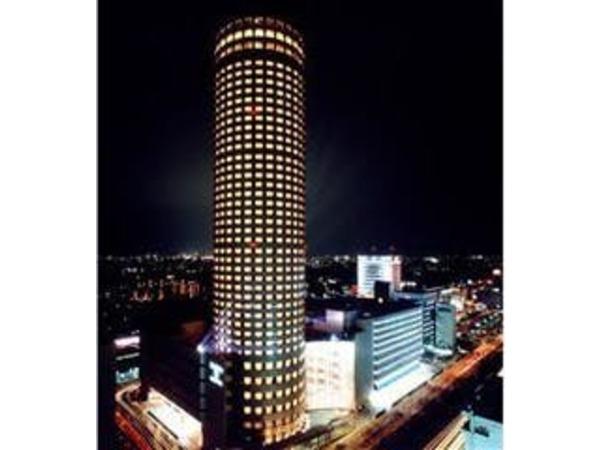 夜の新横浜プリンスホテル