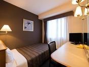 シングルC(11平米ベッド幅110cm)